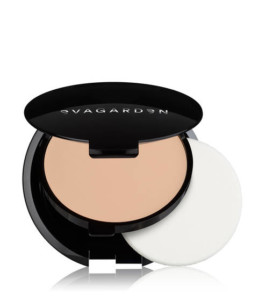 Foundation Compact smoothing € 34,90